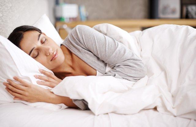 Старий матрац негативно впливає на сон - фото 335983