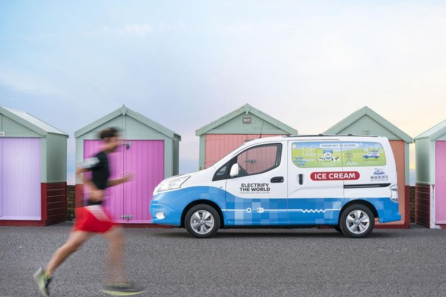 Nissan зробив електричний фургон для морозива - фото 336015