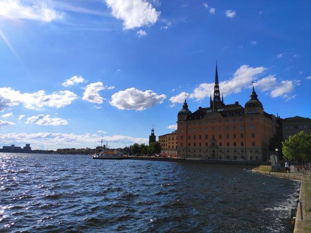 Вікенд у Гданську та Стокгольмі: як відпочити на морі та заплатити 3000 гривень штрафу - фото 336260