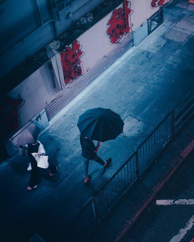 Нічна прогулянка Гонконгом, від якої важко відвести погляд: фото - фото 336540
