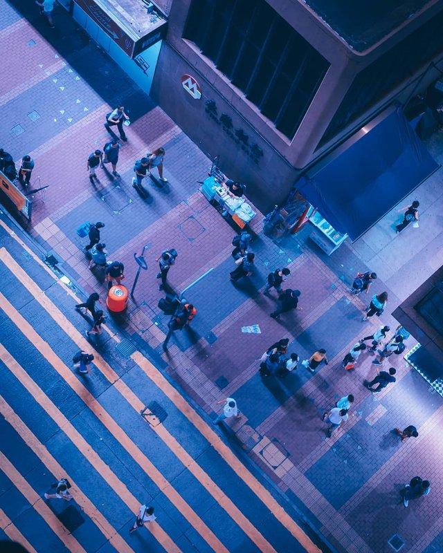 Нічна прогулянка Гонконгом, від якої важко відвести погляд: фото - фото 336546