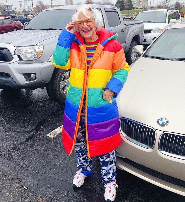 90-річна бабуся підкорила Instagram своїм виглядом - фото 336594