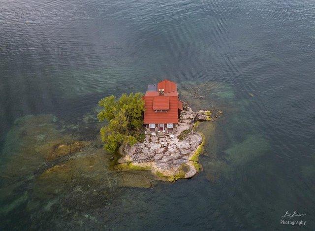 Як виглядає один з найменших островів у світі: атмосферні фото - фото 336929