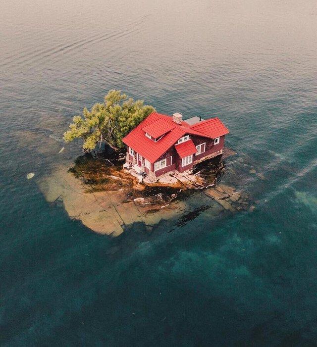 Як виглядає один з найменших островів у світі: атмосферні фото - фото 336930