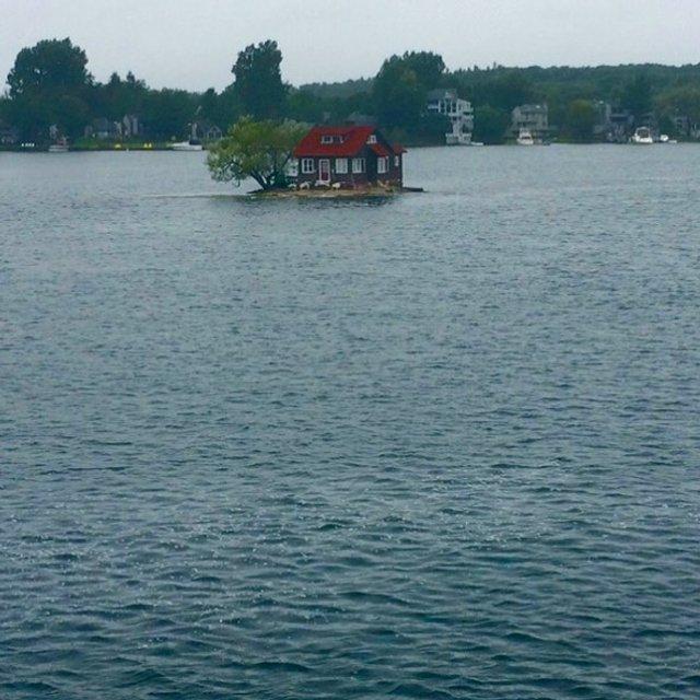 Як виглядає один з найменших островів у світі: атмосферні фото - фото 336933