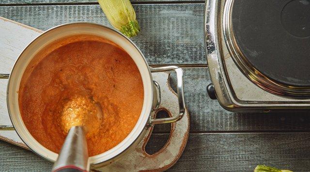 Кабачкова ікра на зиму: рецепти консервації в домашніх умовах - фото 337477