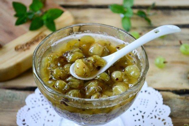 Варення з аґрусу: рецепти приготування смачного джему на зиму з фото - фото 337898