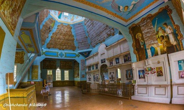 Чорнобиль сьогодні: з'явилися вражаючі фото покинутої церкви в зоні відчуження - фото 338255