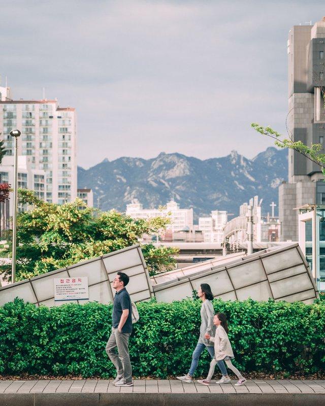 Американець змінив нестерпну роботу на життя в Сеулі: захопливі кадри - фото 338278