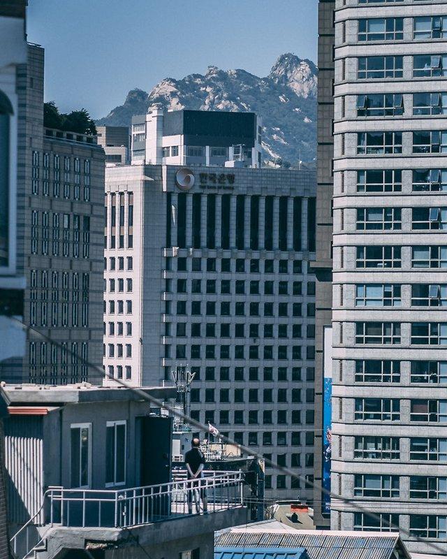 Американець змінив нестерпну роботу на життя в Сеулі: захопливі кадри - фото 338283
