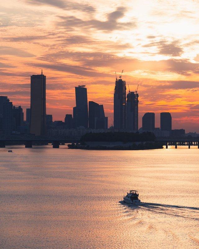 Американець змінив нестерпну роботу на життя в Сеулі: захопливі кадри - фото 338290
