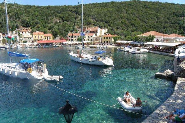 У Греції шукають жителів на райський острів, яким платитимуть 500 євро щомісяця - фото 338346