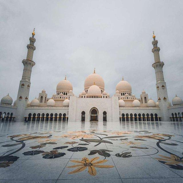 Режисер подорожує світом, надихаючи людей на мандри: захопливі фото - фото 338473