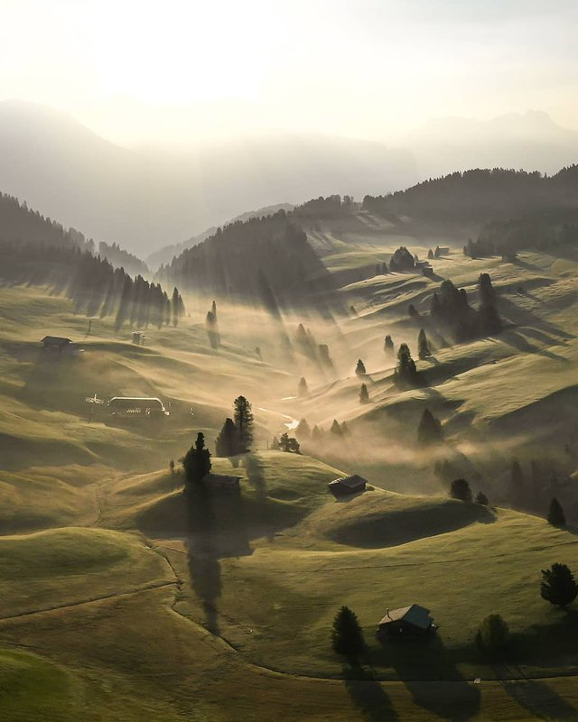 Режисер подорожує світом, надихаючи людей на мандри: захопливі фото - фото 338484