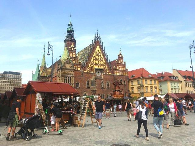 Вроцлав – місто дахів та мостів: як впіймати гнома та полюбити Польщу за 5 днів - фото 338676