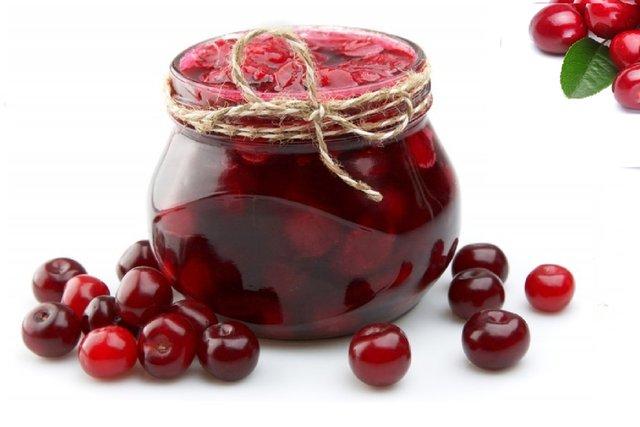 Варення з вишні з фото: покрокові рецепти без кісточок, п'ятихвилинка та інші - фото 338859