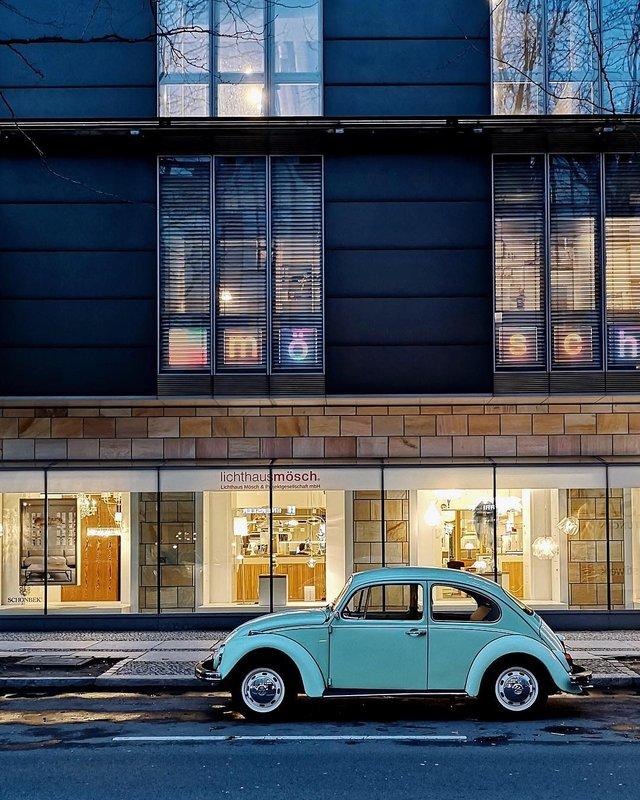 Фотограф показує авто на німецьких вулицях: захопливі кадри - фото 339427