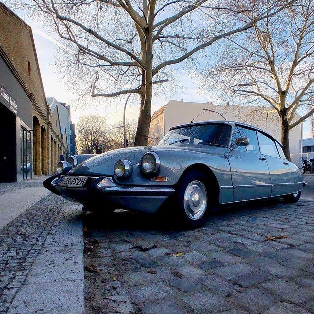 Фотограф показує авто на німецьких вулицях: захопливі кадри - фото 339431