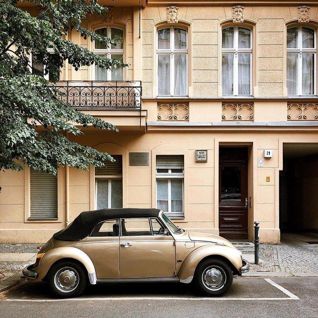 Фотограф показує авто на німецьких вулицях: захопливі кадри - фото 339440