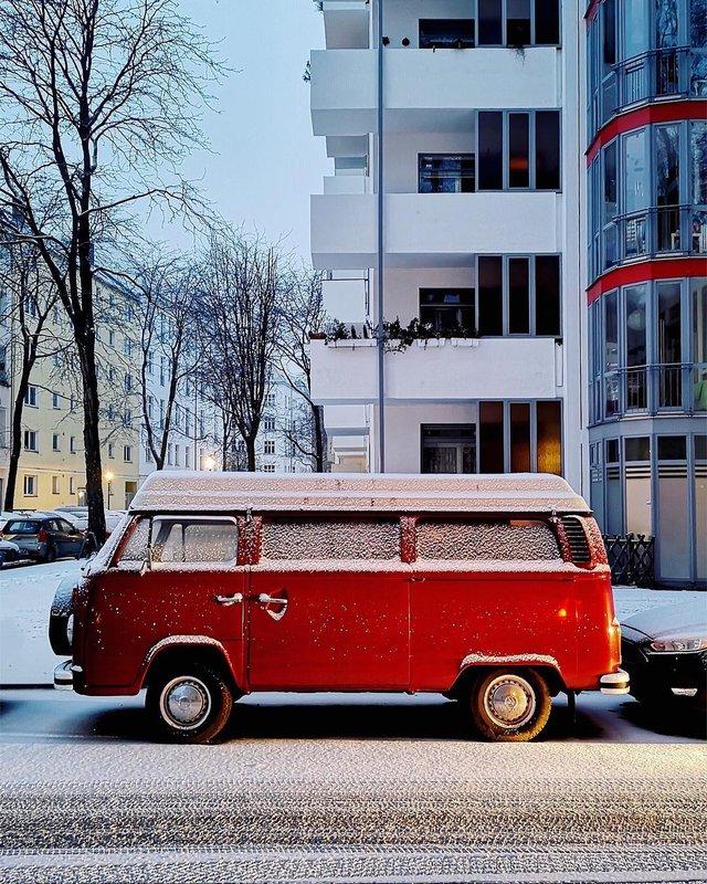 Фотограф показує авто на німецьких вулицях: захопливі кадри - фото 339443