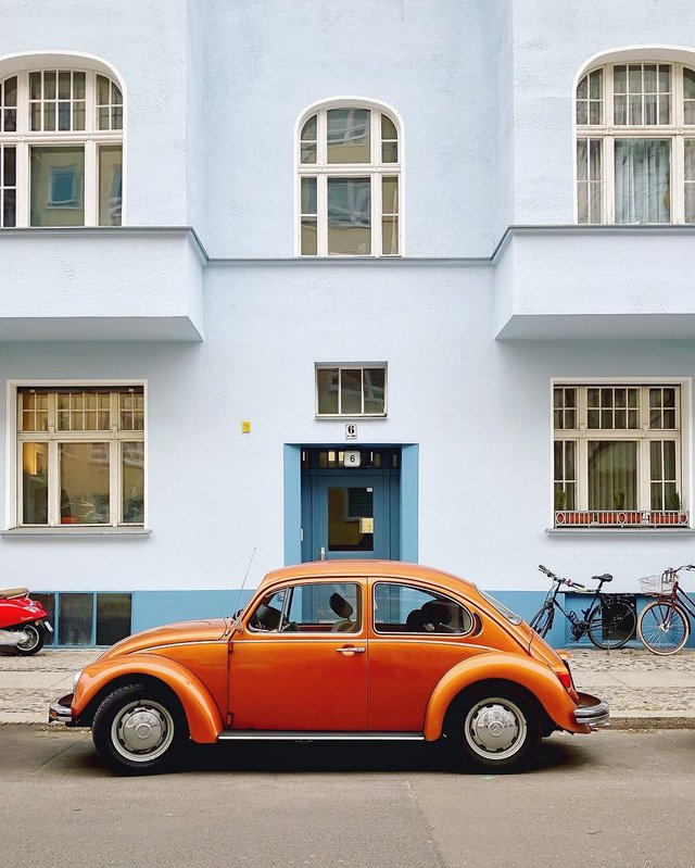 Фотограф показує авто на німецьких вулицях: захопливі кадри - фото 339445