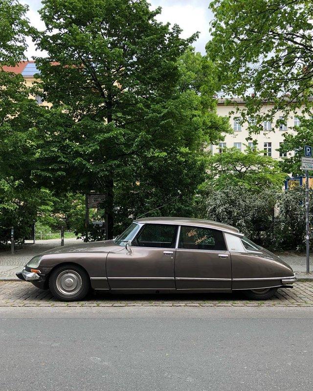 Фотограф показує авто на німецьких вулицях: захопливі кадри - фото 339446