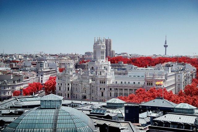 Француз показав інфрачервоний Мадрид: вражаючі фото - фото 339577