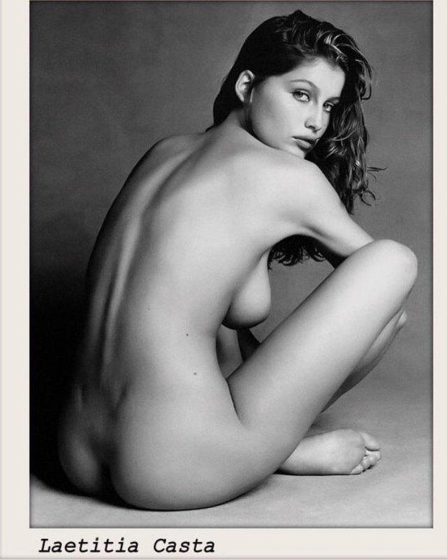 Моделі 90-х: як змінилася зваблива француженка Летиція Каста (18+) - фото 339676