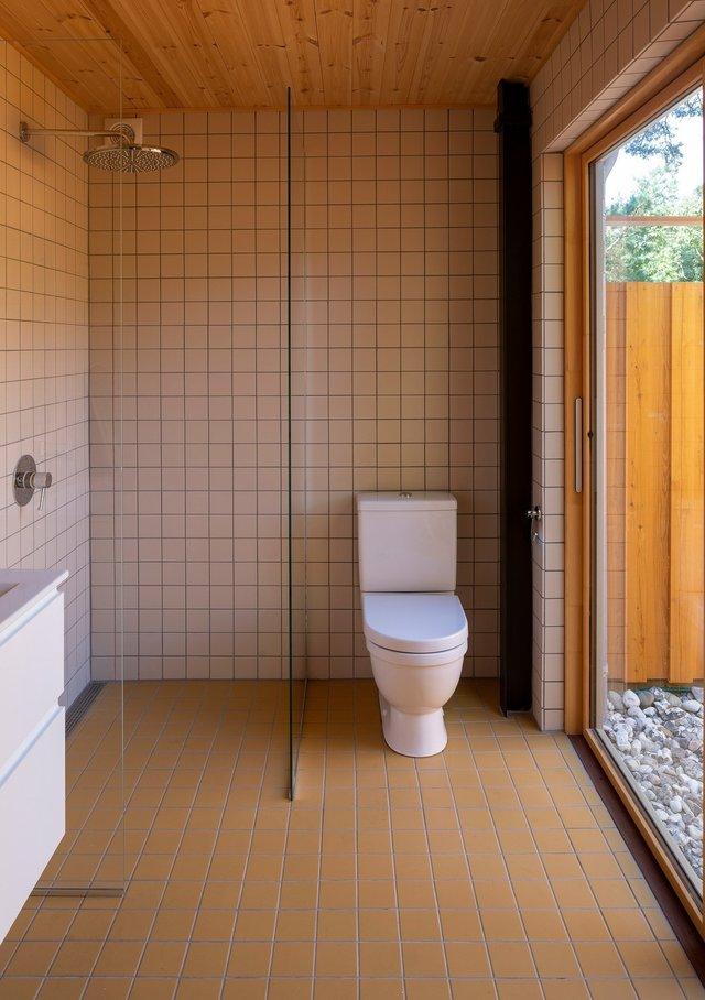 Як виглядає ідеальний літній будиночок в Данії: яскраві фото - фото 339785