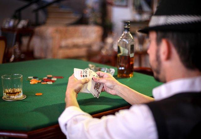 Нейромережа від Facebook обіграла професійних гравців в покер - фото 340349