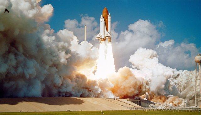 Відсутність матеріальної підтримки не дозволяє відсилати астронавтів на Марс - фото 340948