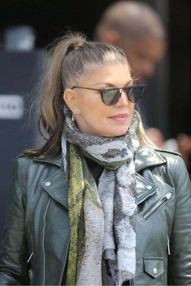 44-річна Fergie здивувала шанувальників своїм виглядом - фото 341160