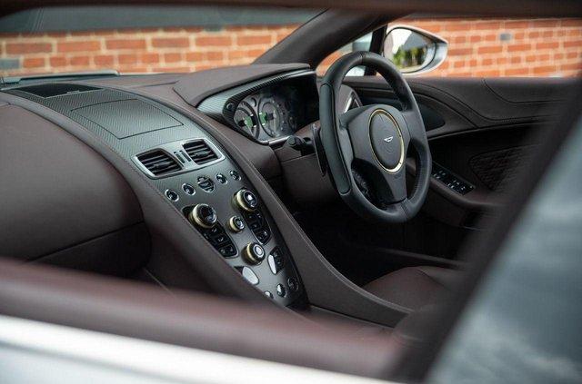 Колекційний універсал Aston Martin виставили на продаж - фото 341169