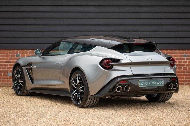 Колекційний універсал Aston Martin виставили на продаж - фото 341171