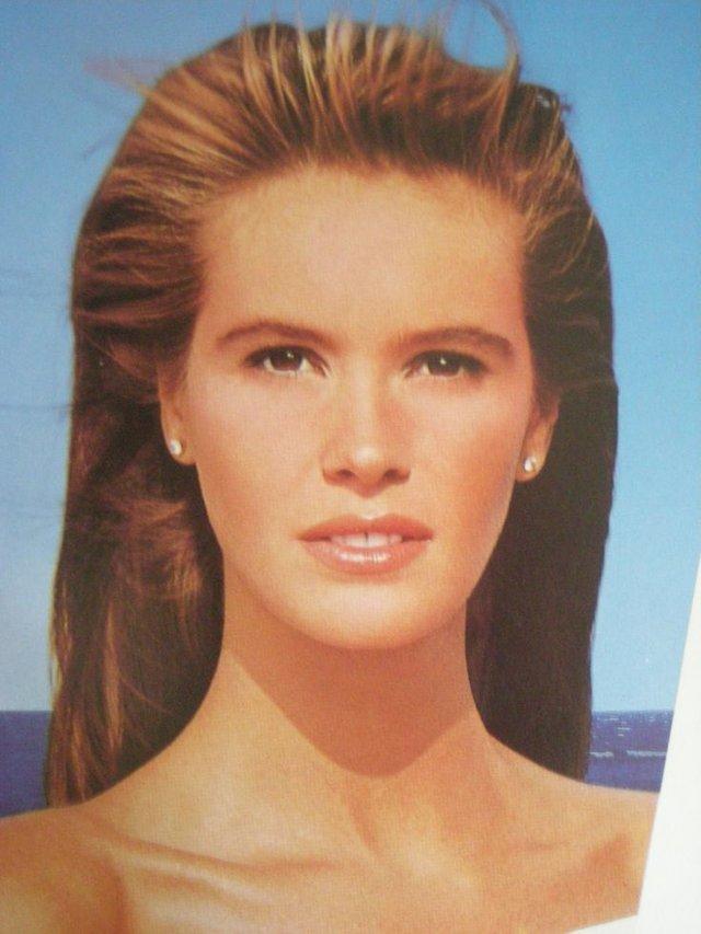 Моделі 90-х: як змінилася сексуальна австралійка Ель Макферсон (18+) - фото 341425
