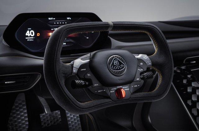 Lotus випустив найпотужніший серійний автомобіль у світі - фото 341652
