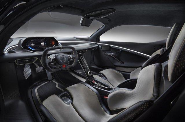 Lotus випустив найпотужніший серійний автомобіль у світі - фото 341653