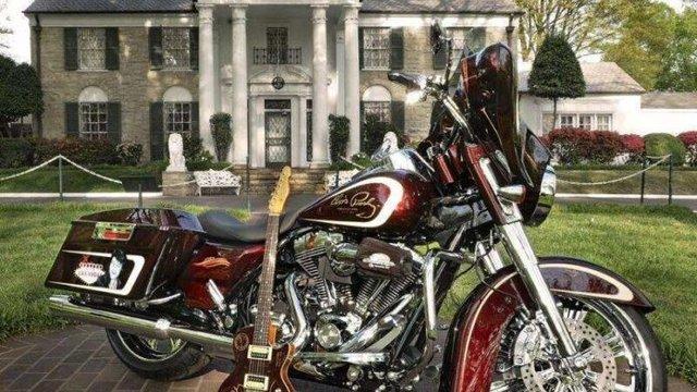 Harley короля рок-н-ролу продадуть з молотка - фото 341748