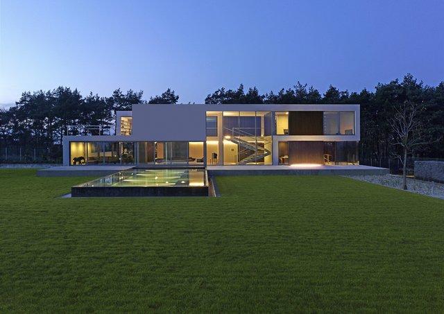 Будинок майбутнього: незвичайний особняк побудували у Польщі - фото 342143