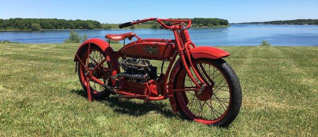 Мотоцикліст відправився в подорож Америкою на 100-літньому байку - фото 342184