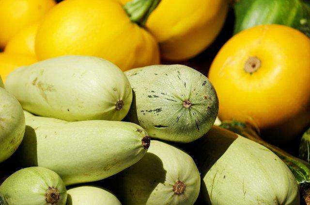 Сезон кабачків: смачний салат з літніх плодів - фото 342275