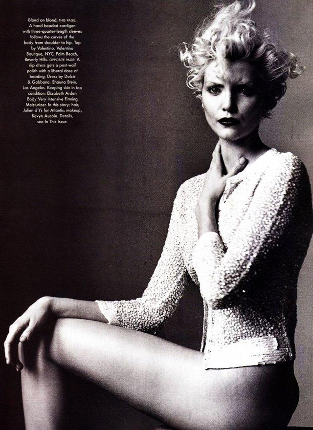 Моделі 90-х: як змінилася володарка карколомних ніжок Надя Ауерман (18+) - фото 342657