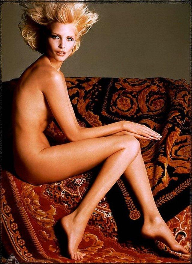 Моделі 90-х: як змінилася володарка карколомних ніжок Надя Ауерман (18+) - фото 342667