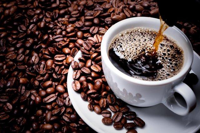 Кава негативно впливає на шкіру  - фото 342688