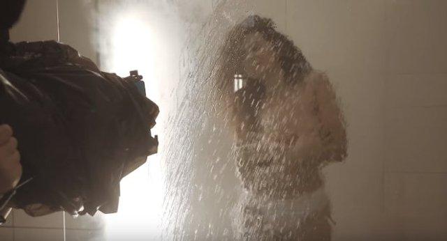 Настя Каменських оголилася у ванній на камеру - фото 342932