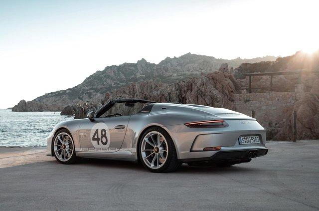 Porsche випустить серію 'вінтажних' 911 - фото 343034