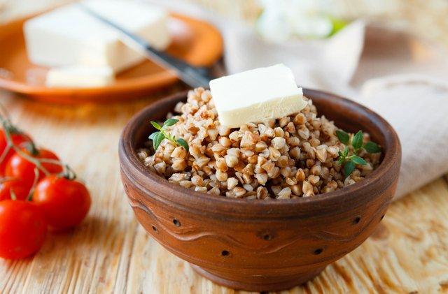 Науковці рекомендують їсти гречку регулярно - фото 343991