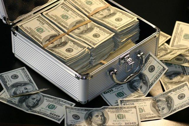 Яким буде курс долара - фото 344829