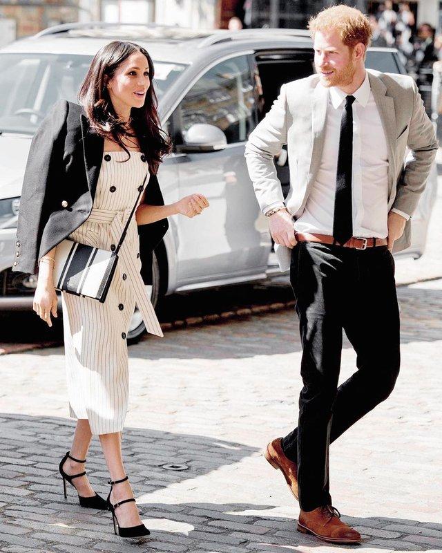 Цей піджак принц Гаррі носить, не знімаючи - фото 344927