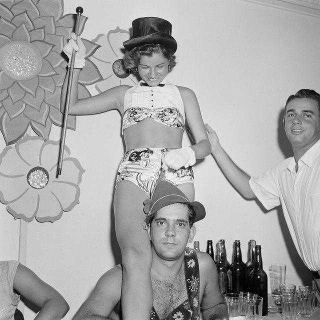 Як розважалися в Ріо-де-Жанейро в 50-х роках - фото 344947